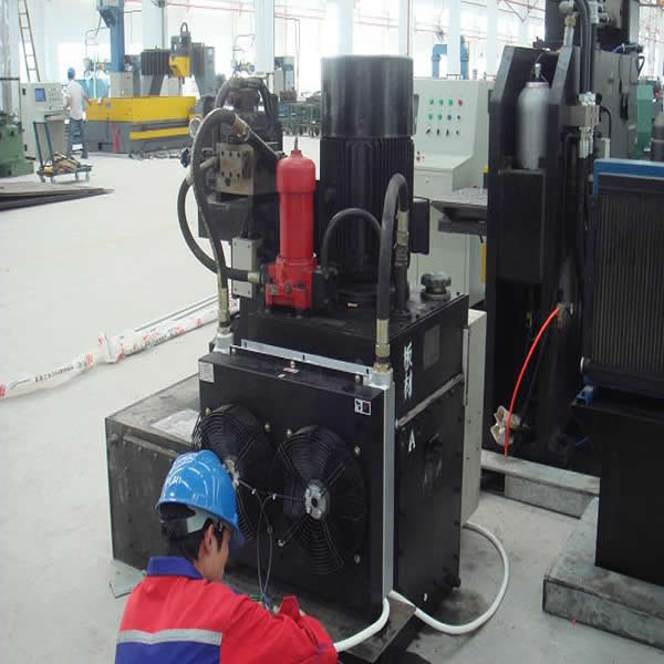 Plate fin heat exchanger for construction machine